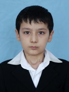 """Абдуллаев Жавлон (староста 5 """"Б"""" класса, 2012 год)"""