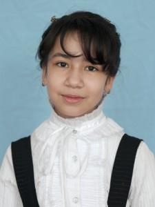 "Акбарова Лайло (староста 5 ""А"" класса, 2012 год)"