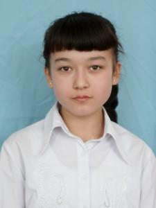 "Тураева Робияхон (староста 6 ""Б"" класса)"