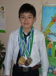 Юнусов Азизбек