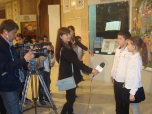 ученики дают интервью