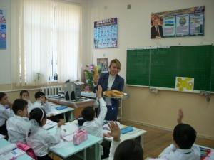 """Открытый урок во 2 """"В"""" класс (учитель Каюмова Д.И.)"""